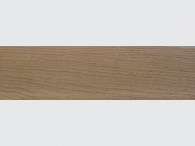 LI-1 elastic skirting board Beech